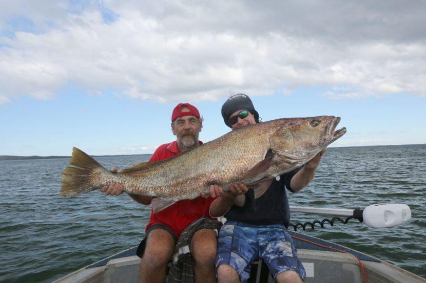 fish-port-stephens-estuary-charters-